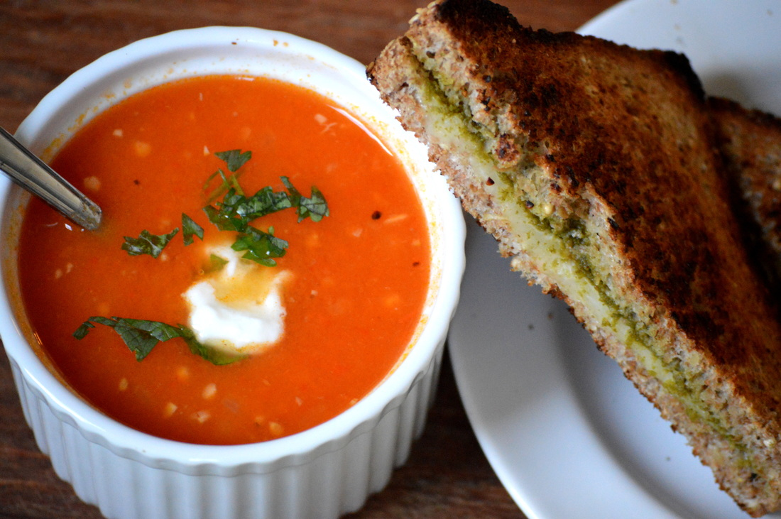 Rookie rasoiya rookie rasoiya easy healthy and modern indian food wise for me the ultimate warm and cozy winter food is tomato soup with grilled cheese and perfect for christmas this is a red green forumfinder Image collections